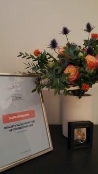 Apdovanojimų organizatorių raštas ir Klaipėdos miesto vadovų dovanos
